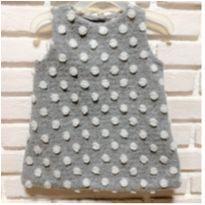 MT - 5356 - Vestido Baby Gap - Menina/6 a 12 meses – cinza com bolotas - 6 a 9 meses - Baby Gap