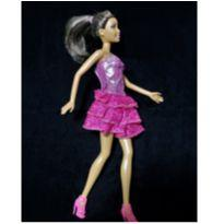 6797 – Boneca Barbie – Mattel 2000 – Érika – 30 cm. -  - Mattel