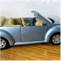 6806 – Volkswagen New Beatle – Maisto – 11 cm. -  - Maisto