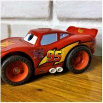 6810 – Mcqueen em Sharke'n Go Racers – Fisher-Price/Mattel 13 cm. -  - Fisher Price