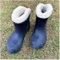 7096 – Bota Quechua – Menina – 2-3 USA – 32-33 BR  – 21.5-22 cm. - 32 - Quechua