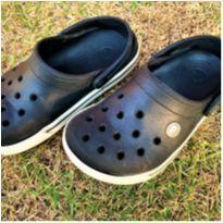 7102 – Crocs tradicional – Menino J2 – 33 BR – 20 cm. - 32 - Crocs