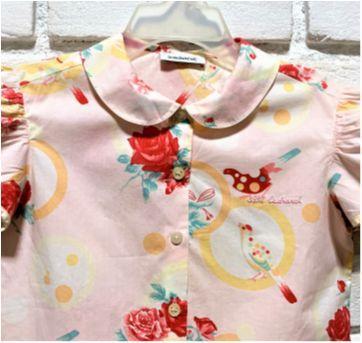 7556 – Blusa da grife Cacharel – Menina 3 anos –Pássaros e flores - 3 anos - Importada