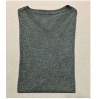 8139 – Camiseta cinza mescla – Menino 12-14 anos - 12 anos - sem etiqueta