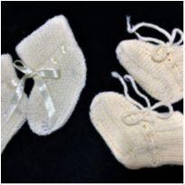 8595 – Duo de sapatinhos bebê – Unissex 9 meses - 9 meses - Artesanal