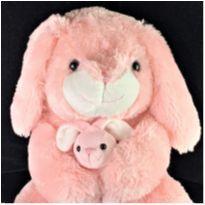 8643 – Ana e sua coelhinha Naná – 0.36 cm. -  - Importada