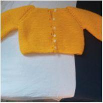 Casaquinho de tricô e sapatinho de crochê - 0 a 3 meses - Artesanal