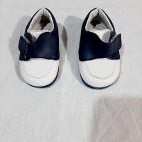 Sapato - 18 - Cheiro dá criança