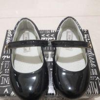 Sapato Verniz Boneca Preto