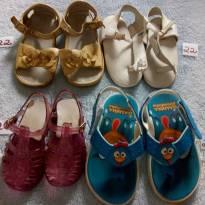 Sapatos infantis- 4 pares- vários tamanhos