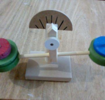 Brinquedo didático de madeira - Sem faixa etaria - Não informada