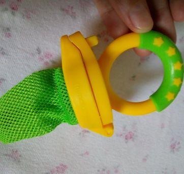 Chupeta alimentadora - ótima para dar frutas ao bebê ❤️ - Sem faixa etaria - Munchkin