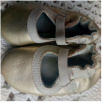 Babo Uabu - sapatinho dourado