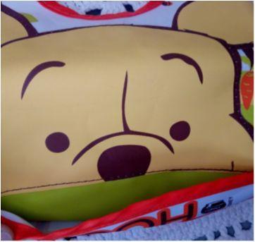 Babador ursinho Pooh - Sem faixa etaria - Dermiwil