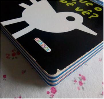 Livro didático O que o bebê vê? - Sem faixa etaria - Editora Girassol