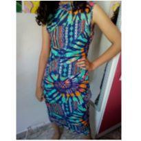 Vestido novo =) Malu tem 13 anos e colocou o vestido para ver como fica =}