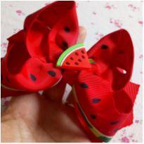 Lação melancia no bico de pato -  - Feito à mão