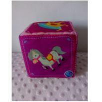 Cubo almofadinha 12 cm x 12 cm pais & filhos