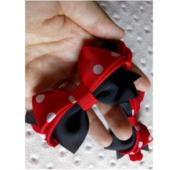 Faixa para cabeça recém nascida Gêmeas - Minnie  envio em caixinha para presente - Sem faixa etaria - Feito à mão