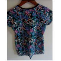 Camiseta floridinha - 12 anos - Fuzarka
