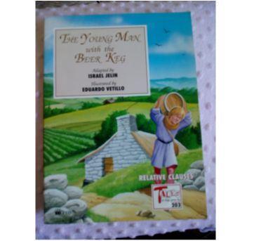 Livro com texto e atividades em inglês - The Young Man with the beer keg - Sem faixa etaria - Editora FTD