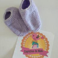 Sapatinho de lã lilás fofinho =] - 0 a 3 meses - Feito à mão