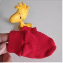 Luva vermelha pro bebê mede 8 cm -  - Não informada