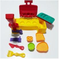 PLAY DOH - CHURRASCO -  - Hasbro e Play-Doh