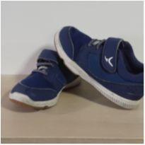 Tênis em couro Azul! - 25 - Importada