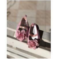 Sapato Verniz Rosa com Flor - 14 - Koala Baby