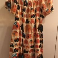 Vestido de elefantinhos - 8 anos - Fábula