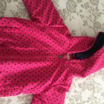 Jaqueta rosa com capuz tamanho 04 - 4 anos - Não informada