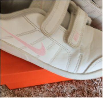 Nike branco e rosa tamanho 26 com caixa - 26 - Nike