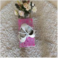 Sapato Pampili branco tamanho 23 - 23 - Pampili