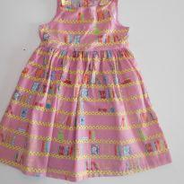 Vestido Alphabeto bichinhos na biblioteca - 4 anos - Alphabeto