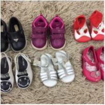 Lote de sapatinhos tamanho 17/18/19 - 18 - Nike e Melissa