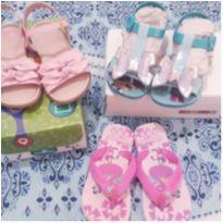 lote de sandalia menina 25 - 25 - Ortopasso e Grendene