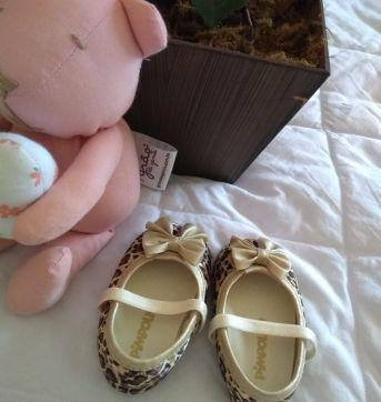 Sapatinho oncinha com dourado - 17 - Pimpolho