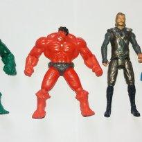 Bonecos Super herois Hulk Thor e Volverine - Sem faixa etaria - Não informada