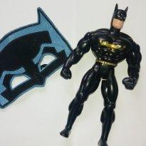 Boneco e Máscara Super Heroi Batman - Sem faixa etaria - Não informada