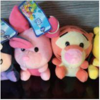 Bonecos de Pelúcia Turma do Ursinho Pooh Baby - Disney