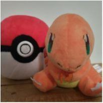 Pokemon Charmander + Pokebola -  - Importada