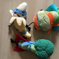Conjunto  3 pelúcia banana, brócolis e abacate -  - Diversas