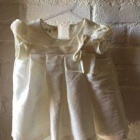 Vestido branco para festa - 6 meses - Pinniandimi