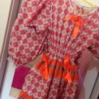 Vestidinho de festa junina tamanho 8 novinho