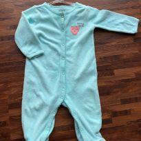 Macacão Carters - Azul com pezinho de Morango - 6 a 9 meses - Carter`s