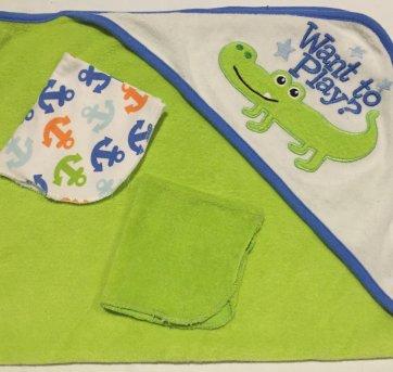 Toalha Bebe Jacaré com 2 toalhinhas para dar banho no bebê - Sem faixa etaria - Circo