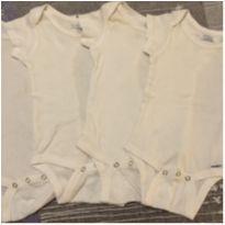 4 bodies brancos básicos - 3 a 6 meses - Gerber