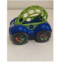 Carrinho azul bolinhas na roda -  - Não informada