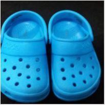 Sandalia Crocs Azul - 22 - Crocs